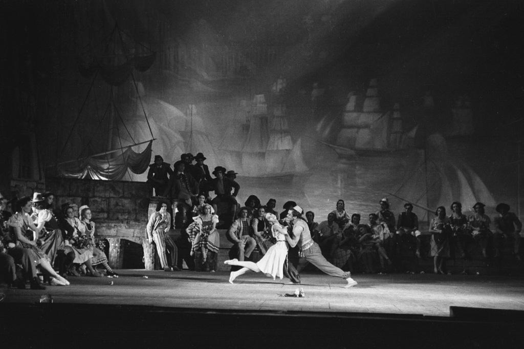 Jurowski ballet Scarlet Sails Bolshoi dance Russia USSR