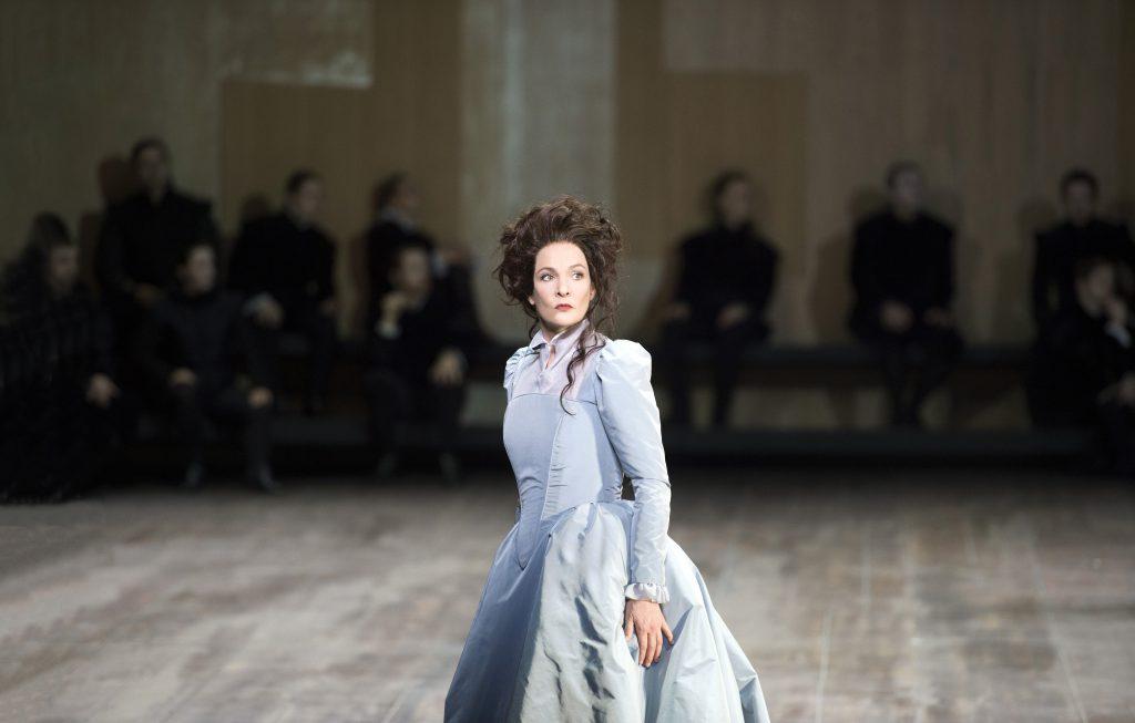 maria stuarda donizetti Vienna stage live classical Marlis Petersen soprano Christoph Loy