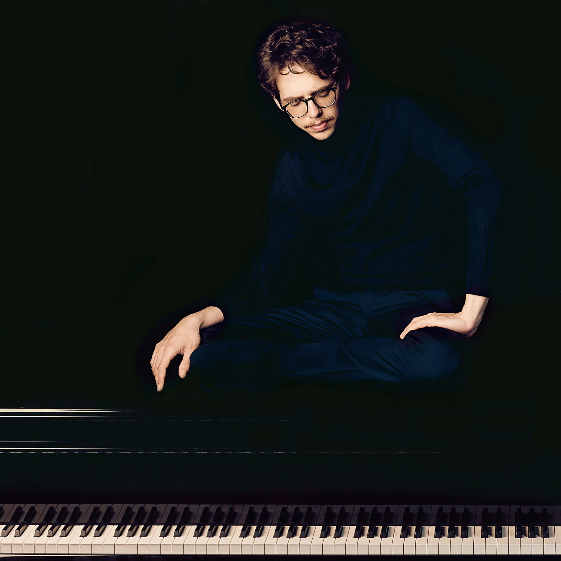 Debargue pianist piano French Scarlatti artist musician performer