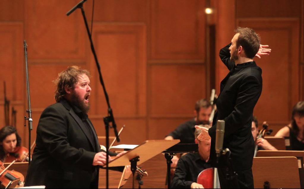 Allan Clayton tenor classical singer sing vocal vocalist opera British Enescu Festival 2019 Britten Sinfonia Turnage premiere