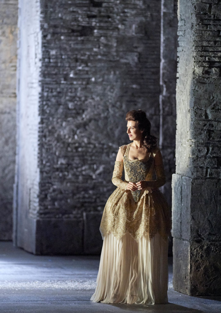 Chen Reiss, soprano, singer, vocalist, Handel, Ariodante, performance,, stage, opera, classical, Wiener Staatsoper
