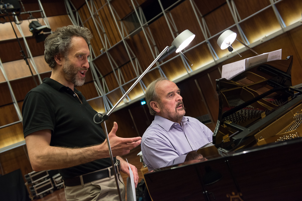 Christian Immler, Helmut Deutsch, opera, classical, lieder, voice, piano, music, performance, Hans Gál