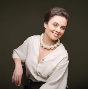Katharina Konradi, soprano, sing, voice, vocal, opera, artist, performer
