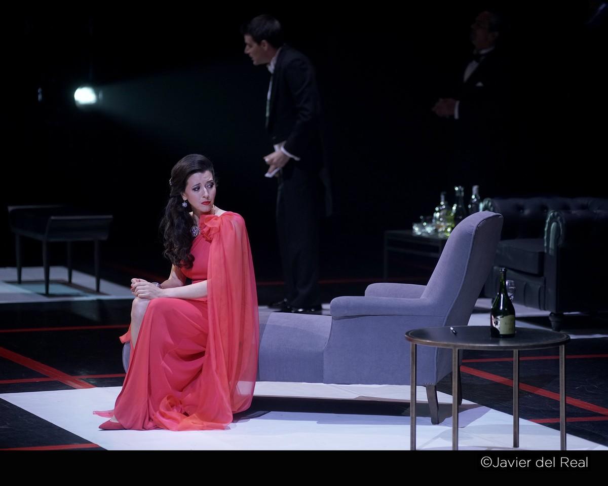 Lisette Oropesa, soprano, singer, vocal, vocalist, stage, artist, performance, performer, opera, classical, Spain, Teatro Real, Verdi